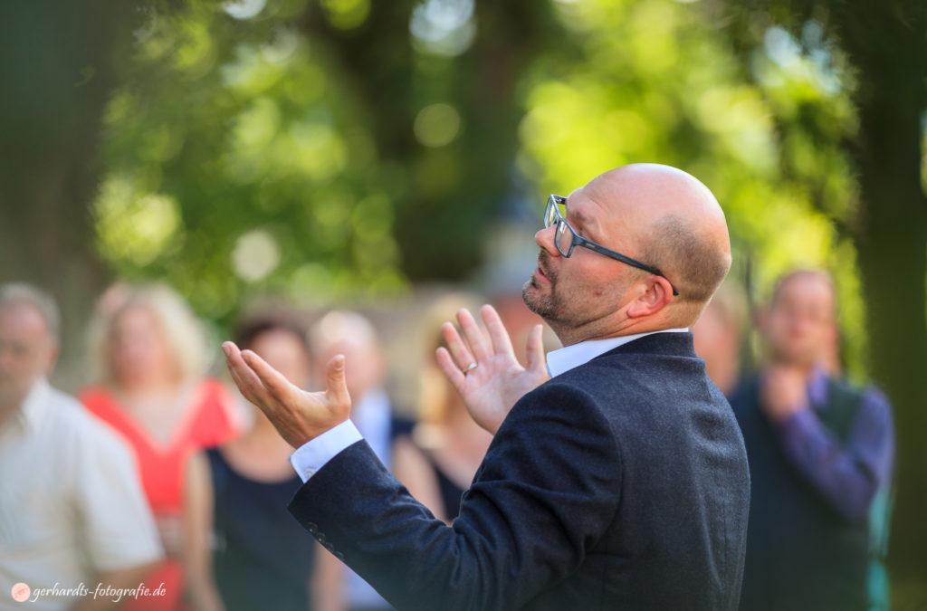 Hochzeitsfotograf Göttingen | Pastor | Hochzeitsfotografie