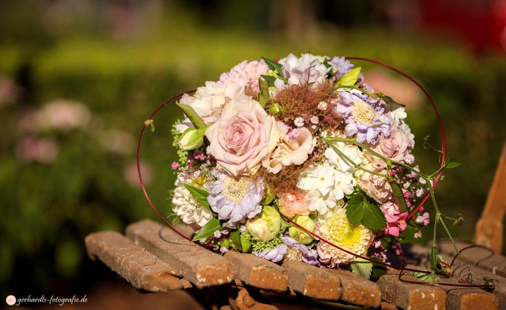 Hochzeitsfotograf Göttingen | Brautstrauß | Hochzeitsfotografie