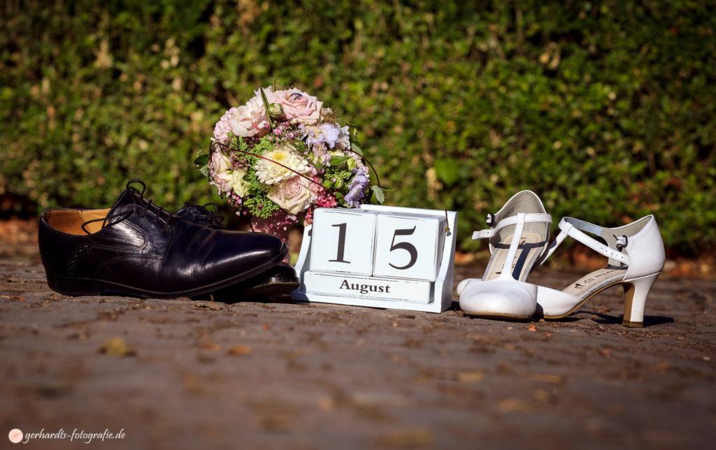 Hochzeitsfotograf Göttingen | Hochzeitsschuhe | Hochzeitsfotografie