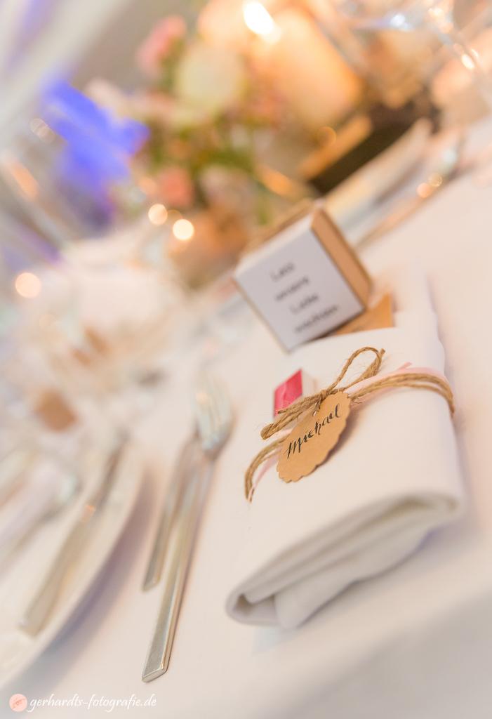 Hochzeit Hotel FREIgeist Northeim | Stilvolle Tischdeko